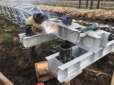 Монтаж металлического ростверка РБМ - 2 на винтовых сваи ВСЛ