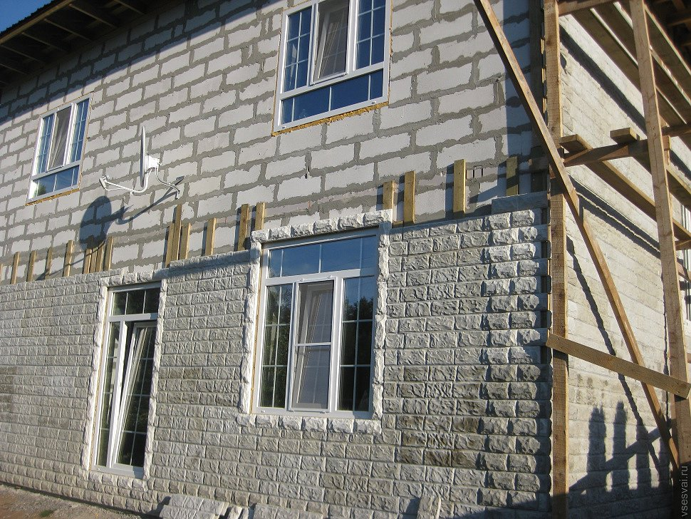 Фасадные панели на дом